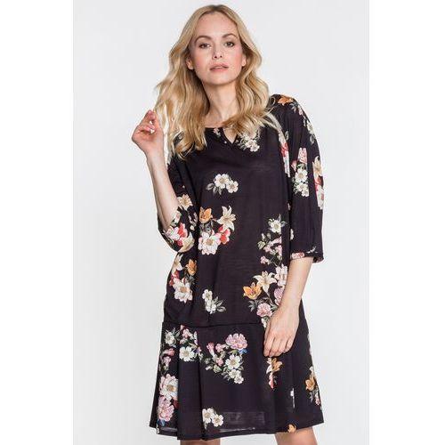 6a85082c15 Czarna sukienka w kwiaty z rękawem 3 4 - Topsi