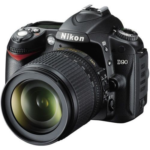 D90 marki Nikon - lustrzanka cyfrowa