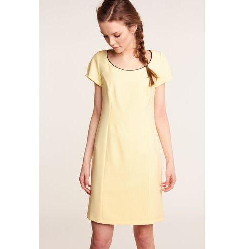 e43a43d759 Żółta sukienka z koronką na plecach marki Nuance 299