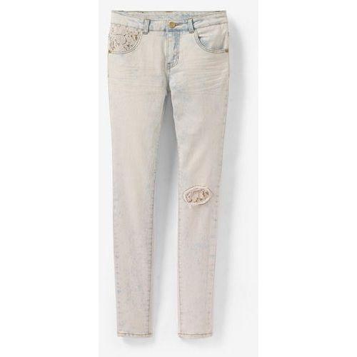 Obcisłe dżinsy z szydełkowym wykończeniem, stylizowane na podniszczone - produkt dostępny w La Redoute