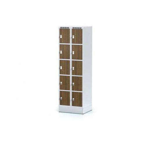 Alfa 3 Szafka ubraniowa 10 drzwi 300x300 mm na cokole, drzwi lpw, orzech, zamek obrotowy