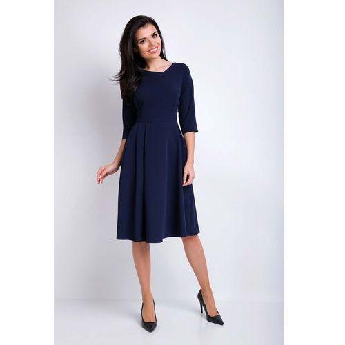 7af9e4c985 Granatowa Sukienka Rozkloszowana Midi z Asymetrycznym Dekoltem