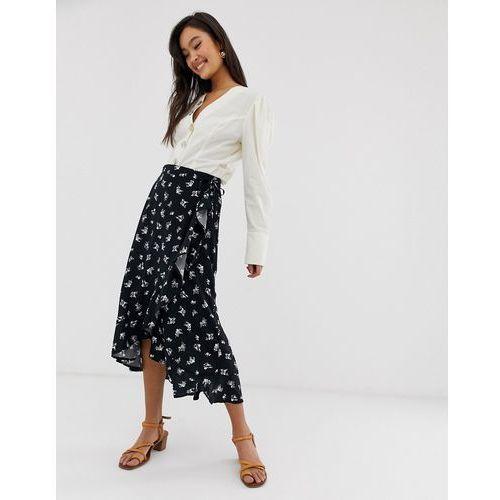 ruffle wrap midi skirt in dark floral print - black marki New look