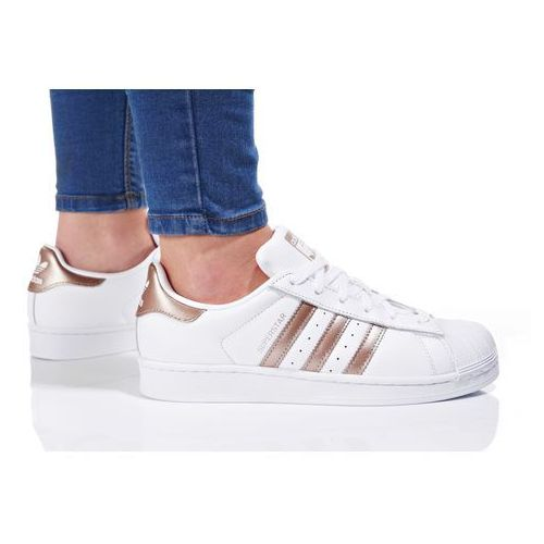 originals superstar tenisówki i trampki footwear white/cyber metallic marki Adidas