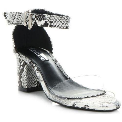 e29db3b8b8833 Modne Sandały Damskie na obcasie w motyw węża firmy Bellucci Biało-Czarne  (kolory) 79,00 zł Szukasz modnych sandałów na lato, które podkreślą Twój  damski ...