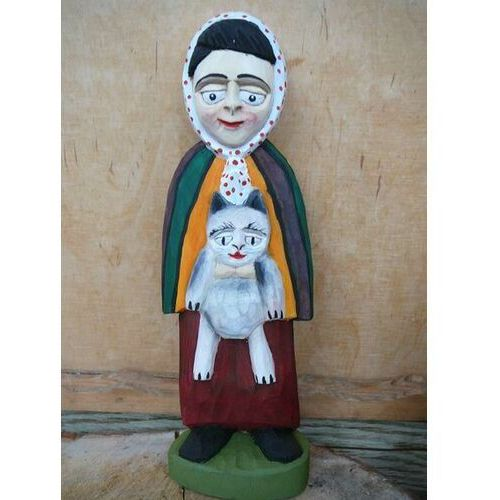 Rzeźba ludowa. Wiejska baba z kotem (25 cm)