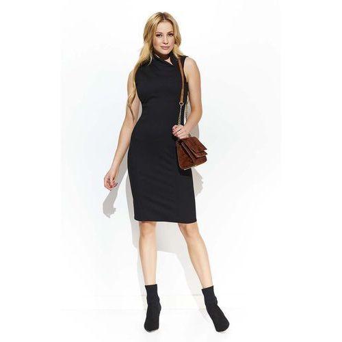 Czarna elegancka sukienka z efektownym kołnierzykiem marki Makadamia