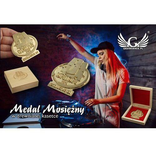 Grawernia.pl - grawerowanie i wycinanie laserem Medal mosiężny w drewnianej kasetce z grawerem - średnica 70mm
