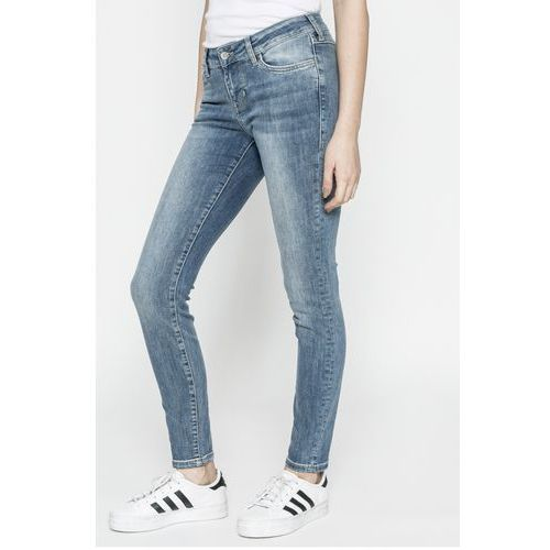 - jeansy jasmin marki Mustang