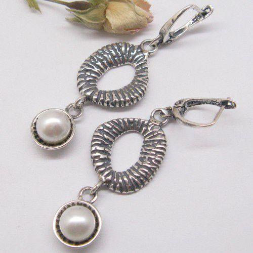 Perły w srebrze - kolczyki