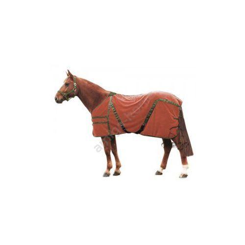 Derka polarowa zapinana pod brzuchem - produkt dostępny w Pro-horse Sklep Jeździecki