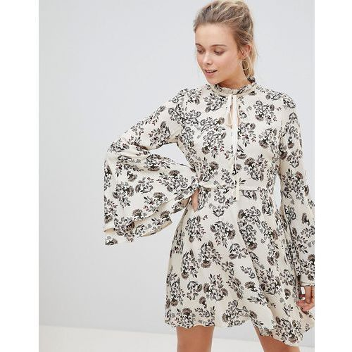 Glamorous high neck floral print dress with flare sleeve - cream