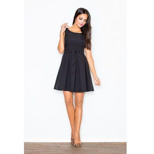 Czarna Elegancka Sukienka z Modnymi Plisami +Pasek, kolor czarny