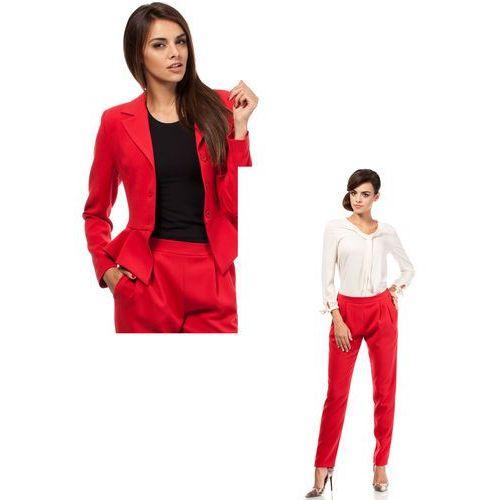 Zestaw Taliowany krótki żakiet i spodnie chino czerwone marki Moe
