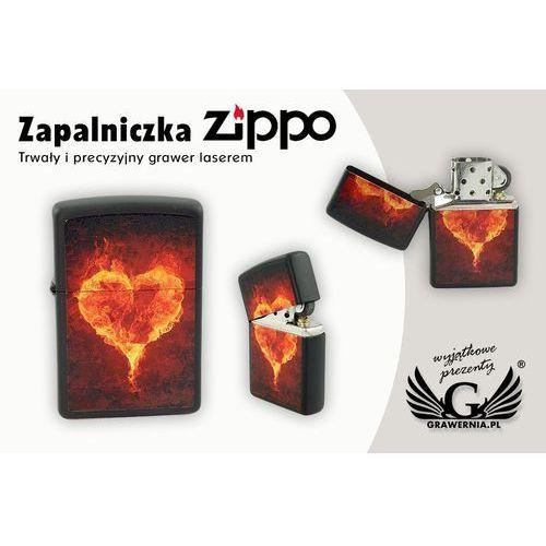 Zapalniczka burning heart black matte marki Zippo