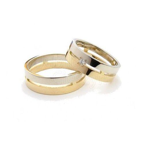 Płaskie obrączki z białego i żółtego złota.