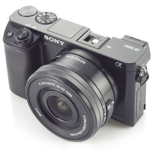 Alpha A6000 marki Sony - aparat cyfrowy