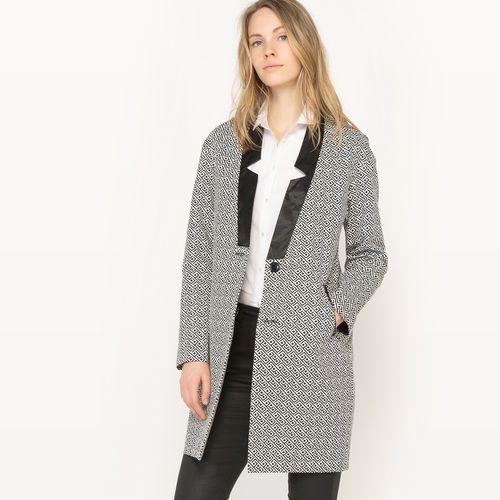 Półdługi płaszcz z nadrukiem