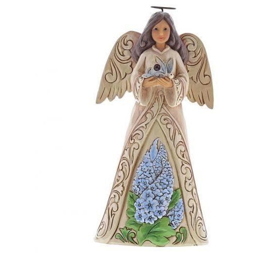Anioł Lipiec patron urodzonych w lipcu Monthly Angel Figurine July Angel 6001568 Jim Shore, pamiątka narodzin, chrztu figurka dewocjonalia