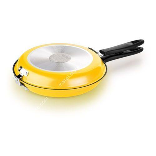 Dwustronna patelnia do smażenia omletów - kolor żółty - odcienie żółtego i złota, produkt marki Tescoma