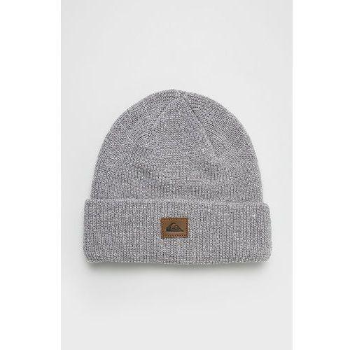 - czapka marki Quiksilver