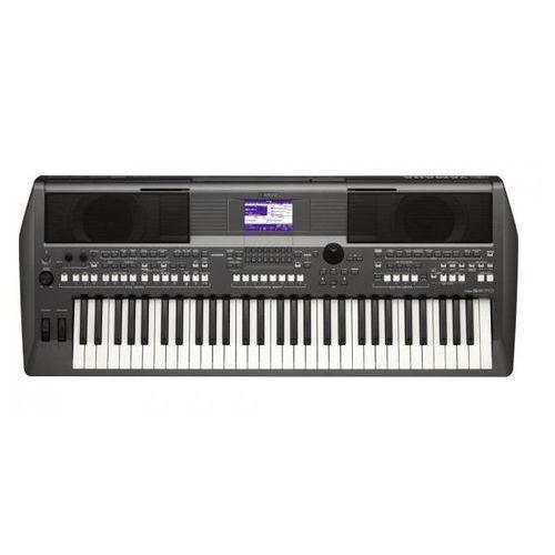YAMAHA PSR-S670 keyboard