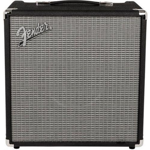 rumble 40 v3 wzmacniacz basowy 40w marki Fender