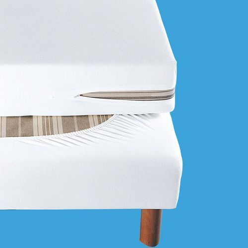Pokrowiec na tapicerowaną ramę łóżka z dżerseju z wykończeniem antyroztoczowym