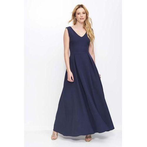 Granatowa sukienka długa rozkloszowana na szerokich ramiączkach marki Makadamia