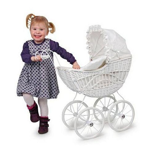 Wiklinowy wózek dla lalek,