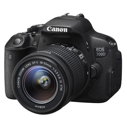EOS 700D marki Canon - lustrzanka cyfrowa
