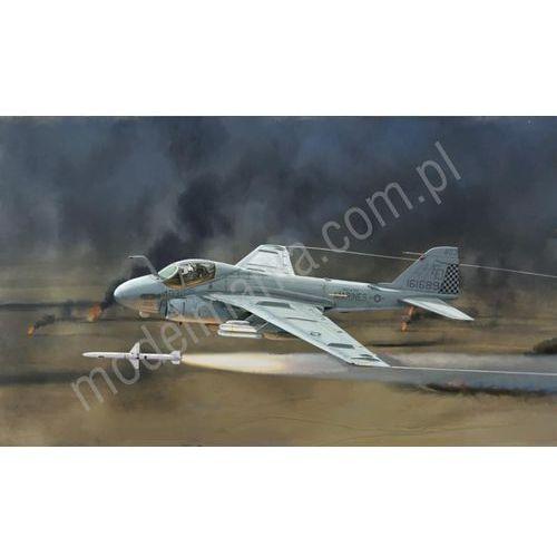 Pokładowy samolot szturmowy grumman a-6e intruder - wojna w zatoce 1392 marki Italeri