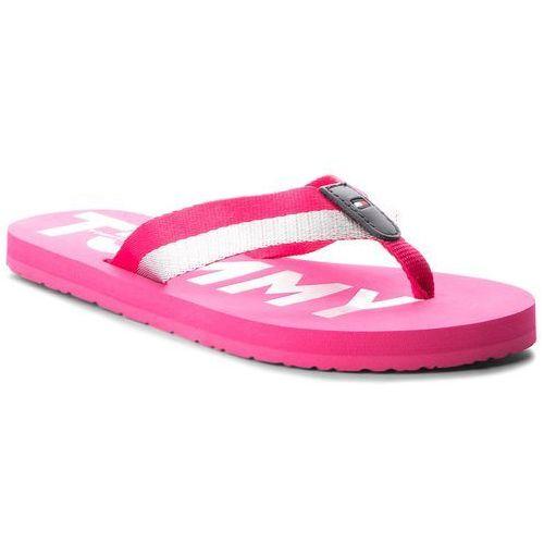 b68153f7d7abc ... Japonki TOMMY HILFIGER - Glitter Strap Beach Sandal FW0FW02957 Bright  Rosa 633, kolor różowy 139,00 zł komfortowe japonki firmy TOMMY HILFIGER.