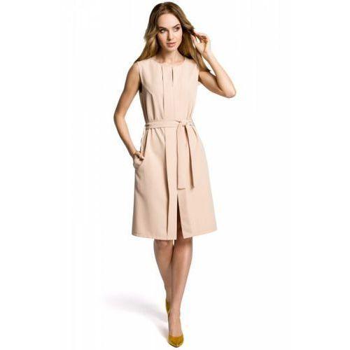 1b9b90af51d594 Moe m365 sukienka z plisą beżowa 116,31 zł genialna na cieplejsze dni lub  pod żakiet - sukienka o prostym fasonie, bez rękawów, z ozdobną, podwójną  plisą.