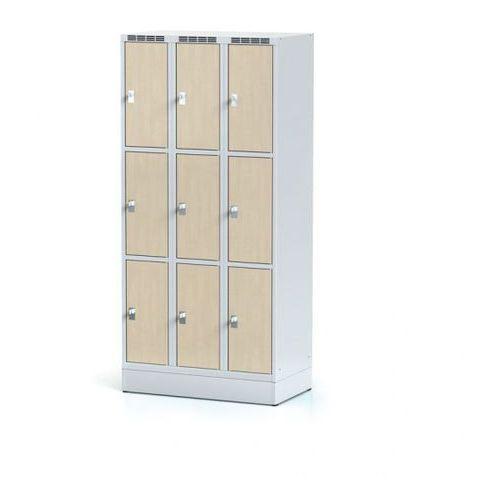 Szafka ubraniowa 9 drzwi 300x300 mm na cokole, drzwi LPW, brzoza, zamek obrotowy