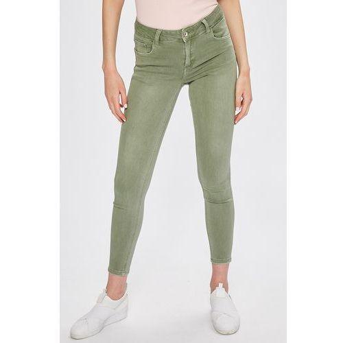 - jeansy marki Answear