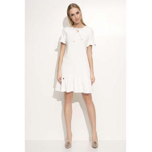 Ecru sukienka z wiązaną kokardką pod szyją marki Makadamia