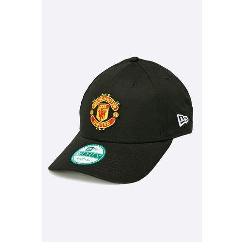 - czapka essential marki New era