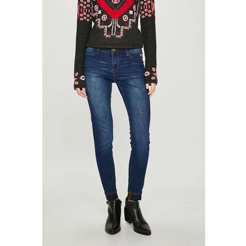 - jeansy kentya marki Desigual
