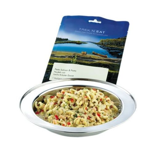 makaron pesto z łososiem żywność kempingowa niebieski żywność liofilizowana marki Trek'n eat