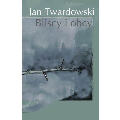Bliscy I Obcy, Ks. Jan Twardowski
