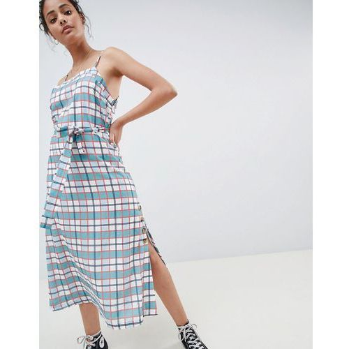 midi cami dress with tie waist and button detail in check - green, Glamorous
