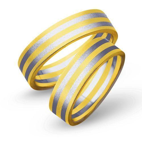 Obrączki z żółtego i białego złota 5mm - O2K/061 - produkt dostępny w Świat Złota