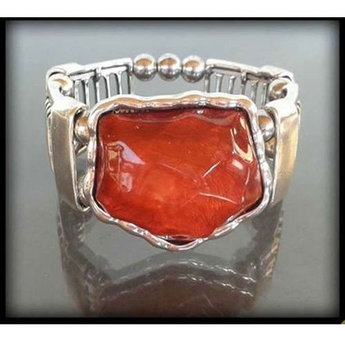 Stylowa bransoletka z dużym czerwonym kamieniem - czerwony
