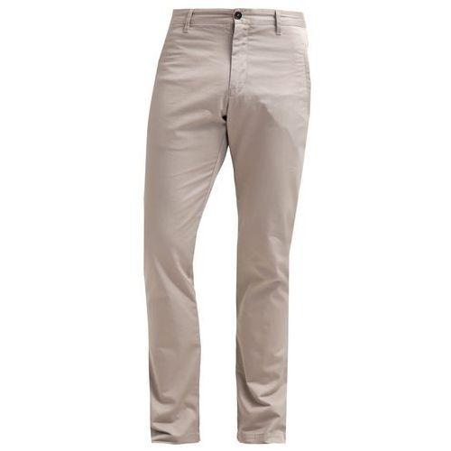 Filippa K LIAM Chinosy sandy - produkt z kategorii- spodnie męskie
