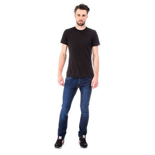 """Jeansy Wrangler Bryson """"Blues Light"""" - produkt z kategorii- spodnie męskie"""