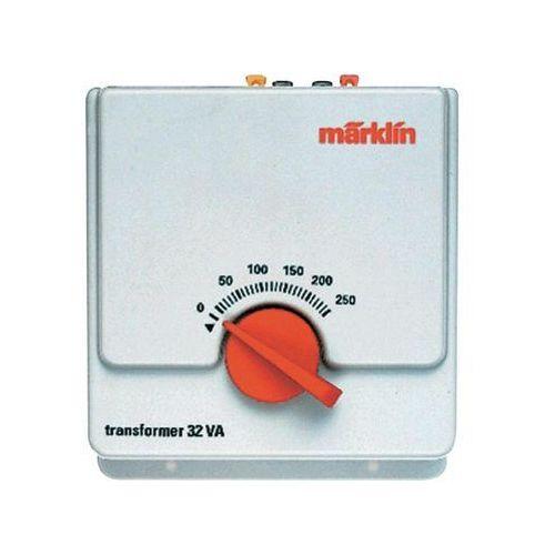 Transformator Marklin 4-16 V/AC, 32 V, 120 x 140 x 80 mm z kategorii Transformatory