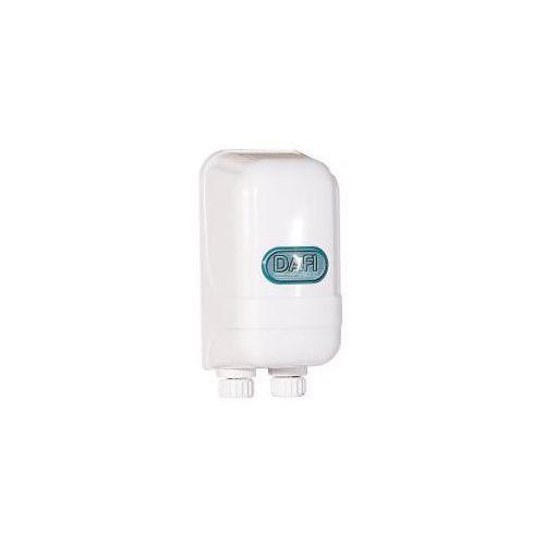 Przepływowy ogrzewacz wody dafi 3,7 kw z nyplami, marki Formaster