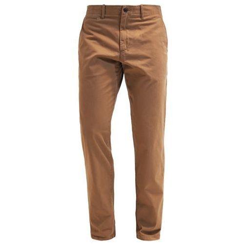 GAP LIVEDIN Chinosy cream caramel - produkt z kategorii- spodnie męskie